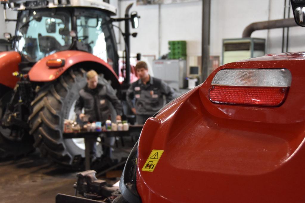 Söllinger Landtechnik Werkstatt und Mechaniker